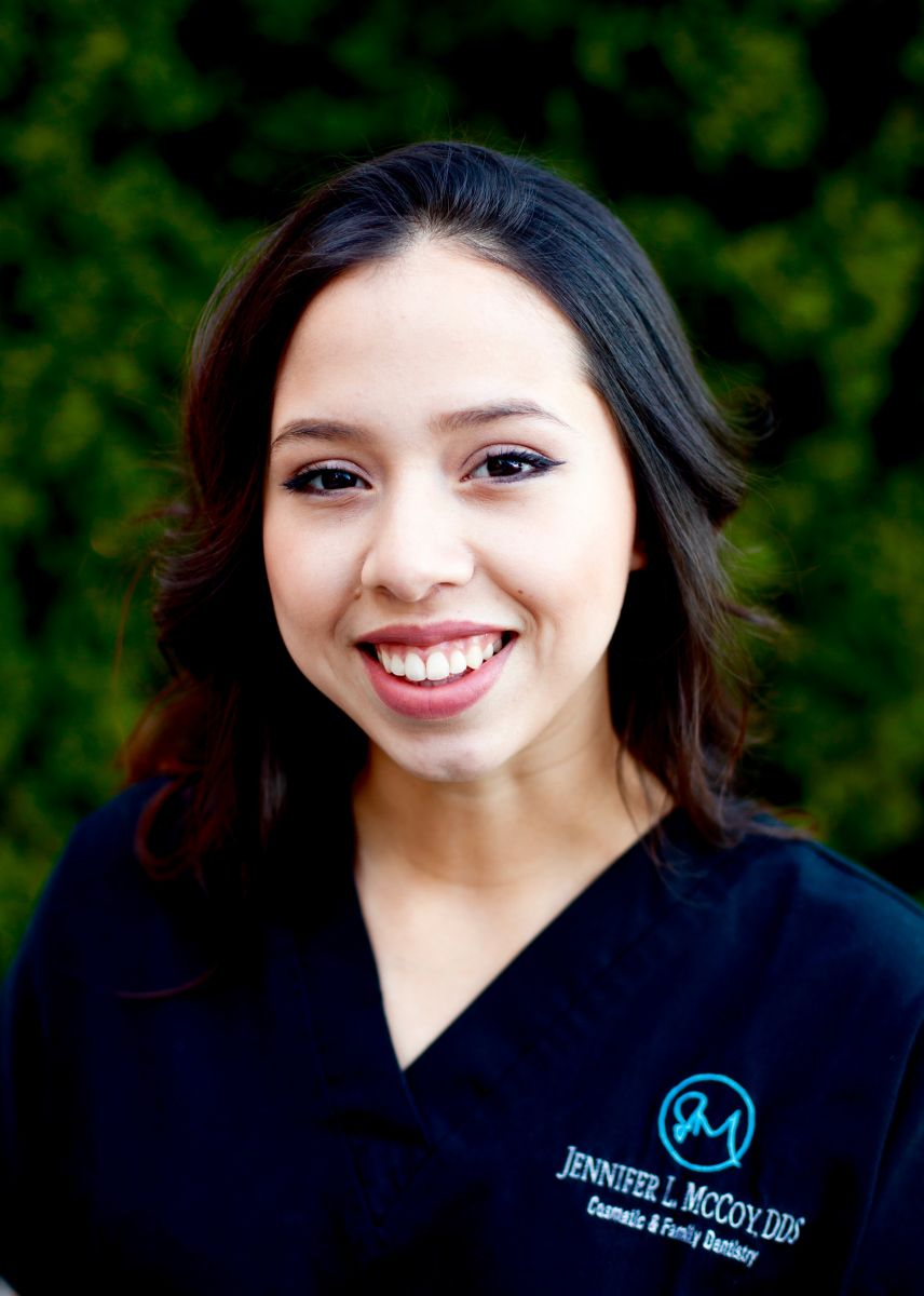 Vanessa: Dental Assistant